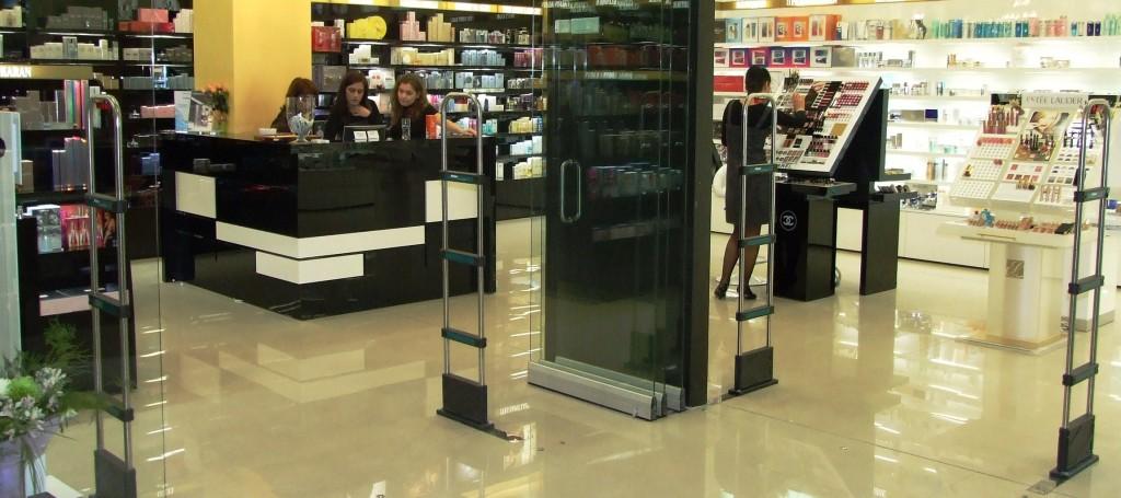 Система за охрана на стоки в магазин за козметика
